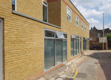 Thumbnail 5 bed town house to rent in Leswin Place, Hackney