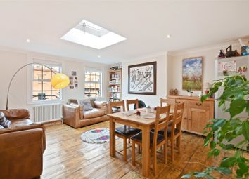 Thumbnail 2 bed property for sale in Hoxton Street, London