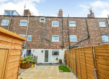 Thumbnail 3 bed terraced house for sale in Albert Street, Grantham
