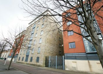 Thumbnail 2 bedroom flat for sale in Silurian Place, Cardiff