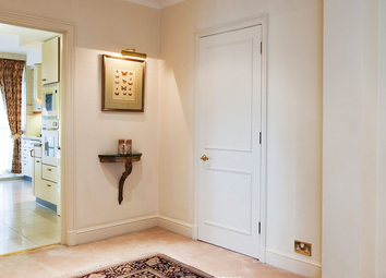 Thumbnail 1 bed flat to rent in Park Lane, Mayfair
