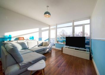 2 bed maisonette for sale in Cassland Road, London E9