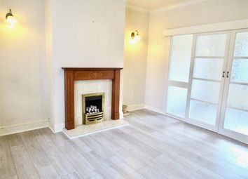3 bed semi-detached house to rent in Lockwood Scar, Newsome, Huddersfield HD4