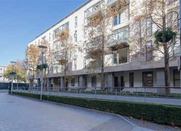Thumbnail 3 bed flat to rent in Gatliff Road, London