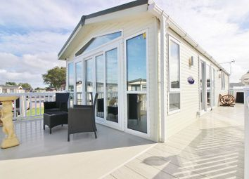 Thumbnail 2 bed mobile/park home for sale in Hazelwood Close, Riverside Caravan Park, Southport New Road, Southport