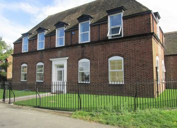 Thumbnail 2 bedroom flat to rent in Horseley Road, Tipton