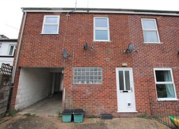 Albert Street, Blandford Forum DT11. 3 bed maisonette to rent