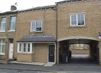 Thumbnail 2 bed flat to rent in Elland, Halifax