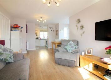 Thumbnail 2 bed flat for sale in Stadium Approach, Aylesbury