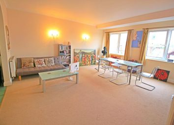 2 bed flat to rent in Swan Lane, Winchester SO23