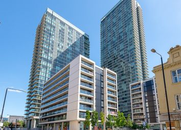 Thumbnail 1 bed flat for sale in Landmark West Tower, 22 Marsh Wall, London