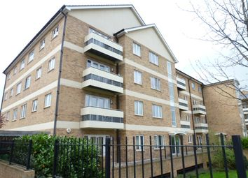 Thumbnail 2 bed flat to rent in Branagh Court, Reading
