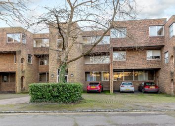 2 bed property for sale in Stroudwater Park, Weybridge KT13