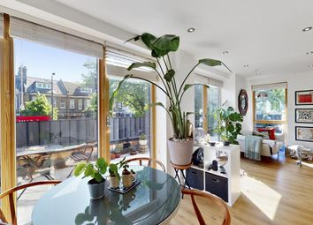 1 bed flat for sale in Upper Clapton Road, London E5