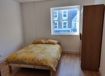 Thumbnail Room to rent in East Street, Barking