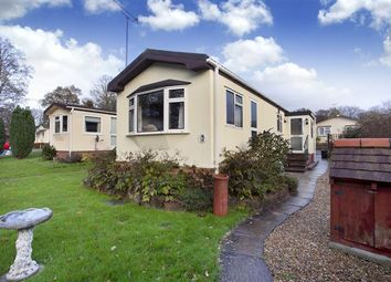 Thumbnail 2 bed mobile/park home for sale in Brooks Green, Horsham