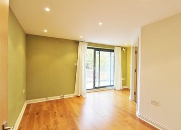 Thumbnail 2 bed flat to rent in Greenford, Middlesex