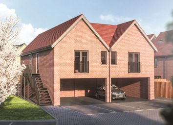 2 bed flat for sale in Imperial Way, Reading RG2