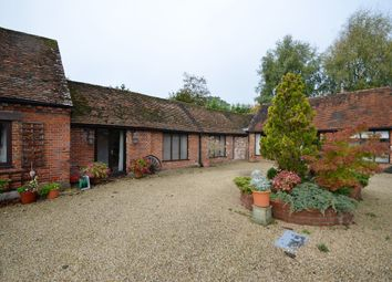Thumbnail 1 bedroom detached house to rent in Farnham