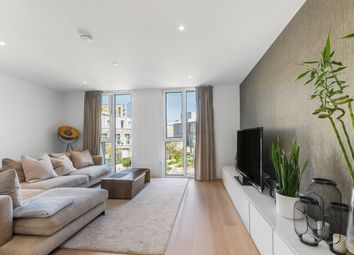 3 bed town house for sale in Admiralty Avenue, London E16