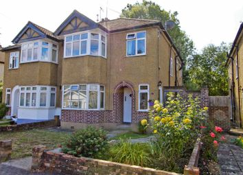 Mount Park Road, Pinner HA5. 2 bed maisonette