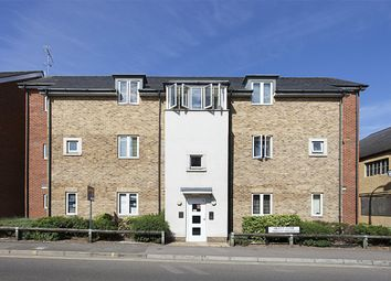 Thumbnail 1 bed flat to rent in Hieatt Close, Mount Pleasant, Reading, Berkshire