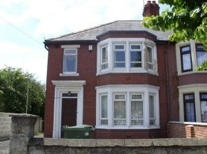 Thumbnail 4 bed detached house to rent in Cowley Road, Cowley