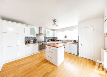 Wennington Road, Rainham RM13. 2 bed end terrace house