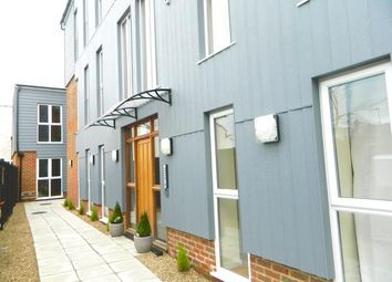 Thumbnail 1 bed maisonette to rent in Upper Stone Street, Maidstone