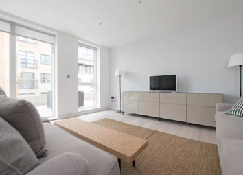 Thumbnail 2 bed flat to rent in Curtain Place, London