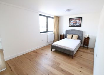 Thumbnail 3 bed shared accommodation to rent in Kingsmead, Farnborough