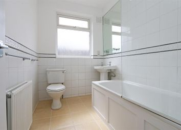 4 bed property to rent in Stuart Road, London SW19