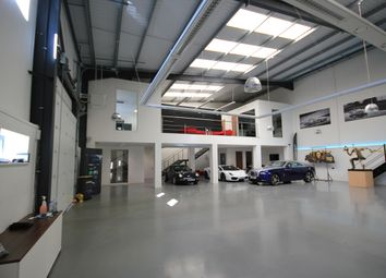 Thumbnail Warehouse to let in Bircholt Road, Maidstone