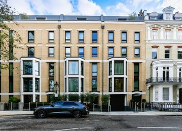Thumbnail 3 bed flat for sale in Vicarage Gate, Kensington, London