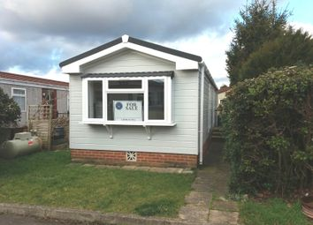 Thumbnail 1 bed mobile/park home for sale in Guildford, Surrey