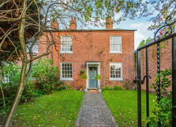 3 bed semi-detached house for sale in Loves Grove, Worcester, Worcestershire WR1
