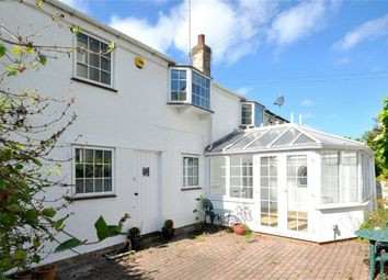 Thumbnail 3 bed cottage to rent in Wellington Square, Cheltenham, Gloucestershire