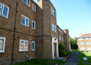 Thumbnail 2 bed triplex to rent in Cordelia Crescent, Rochester