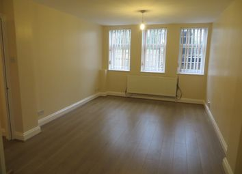 Thumbnail 1 bed flat to rent in Campbell Road, Bow
