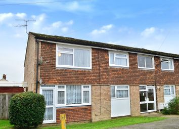 Thumbnail 2 bed flat for sale in Lingfield, Surrey