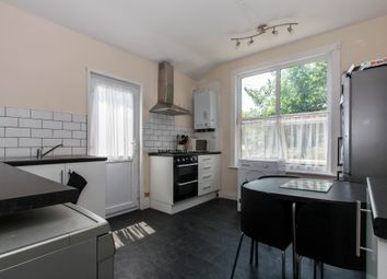 Thumbnail 2 bedroom flat for sale in Hainault Avenue, Westcliff-On-Sea
