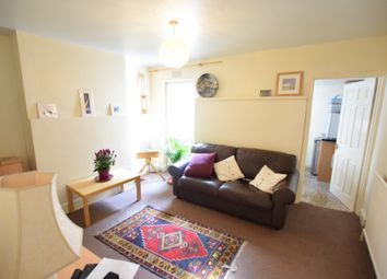 Thumbnail 1 bed flat to rent in Gower Street, Reading, Berkshire