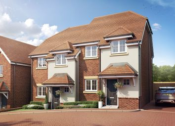 Thumbnail 4 bed town house for sale in Chessmount Rise, Chesham