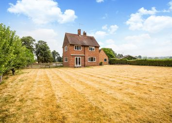 Thumbnail 3 bedroom detached house to rent in High Street, Hurley, Maidenhead