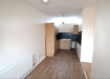 Thumbnail 2 bedroom flat to rent in Grandale, Hull