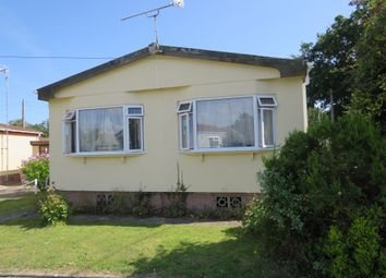 Thumbnail 2 bed mobile/park home for sale in Wareham Road, Holton Heath, Poole