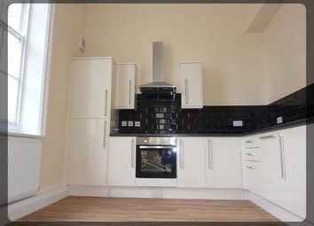 2 bed flat to rent in Market Place, Hull HU1