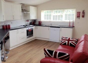 Thumbnail Room to rent in Downsview Road, Maidstone