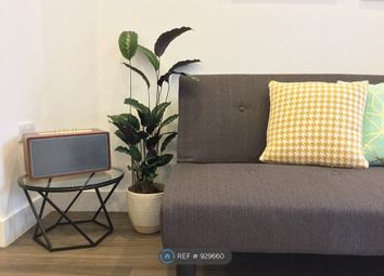 Thumbnail 1 bed flat to rent in Watson House, Cambridge