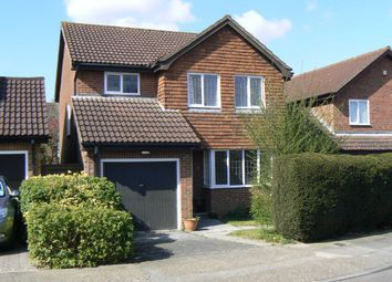 Thumbnail 4 bed detached house to rent in Woodlands Road, Chelsfield, Orpington
